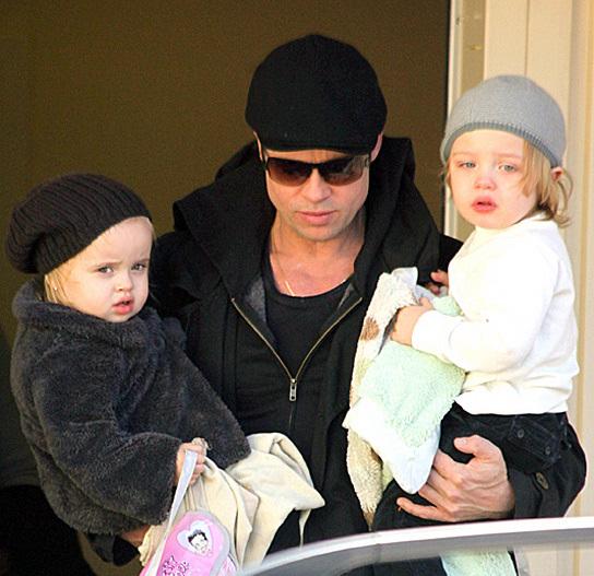 Knox & Vivienne Jolie Pitt